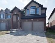 1527 Finley  Crescent, London image