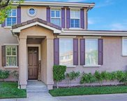 27821 Summer Grove Place, Valencia image