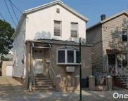 18-14 126  Street, College Point image
