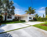 8950 Byron Ave, Surfside image
