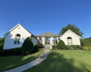 817 Pipers Ln, Brentwood image
