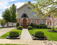 57 Meadowbrook  Road, Syosset image
