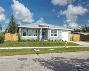 2623 Nw 18th Ter, Oakland Park image