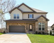 5513 Stonefield Dr, Smyrna image