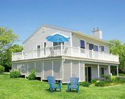 11 SOUTH WEEDEN RD, South Kingstown image