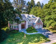 49 Arbor  Lane, Roslyn Heights image