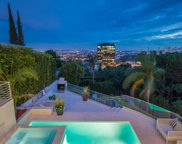 8954 ST IVES Drive, Los Angeles (City) image