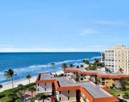 3215 Gulf Shore Blvd N Unit PH-6N, Naples image