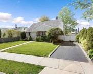 5 Normandy  Drive, Bethpage image