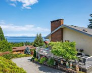 8846 Forest Park  Dr, North Saanich image