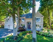 748 Admiralty Way, Webster image