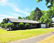 455 SW MEADOW  DR, Beaverton image
