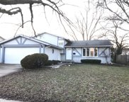 16806 Meadowdale Drive, Oak Forest image