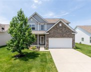 8720 Deer Crossing  Boulevard, Mccordsville image