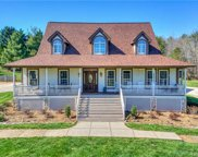 211  Winthrow Creek Road, Mooresville image