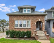 902 South Kenilworth Avenue, Oak Park image