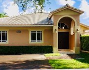 8733 Nw 140th Ln, Miami Lakes image