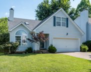 4105 Hickoryview, Louisville image