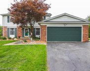 2127 BRENTHAVEN, Bloomfield Twp image