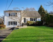 65 Hickory Hill Road, Eastchester image