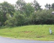 300 Wewoka Lane, Loudon image