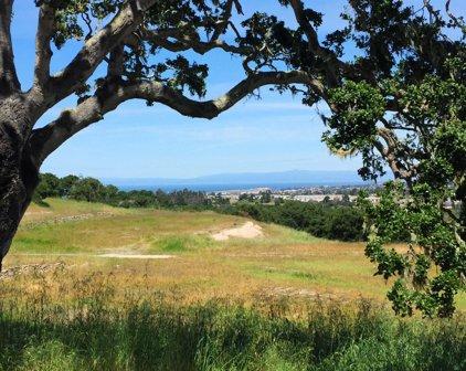 7586 Paseo Vista, Monterey