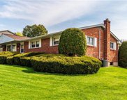 1496 Laurel, Lower Macungie Township image