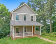 221 Courtland  Place, Asheville image