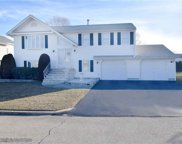 12 East Lakeview DR, North Providence image