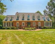 122 Twin Lakes Drive, Moore image