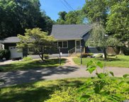 1291 Spur S Drive, Islip image