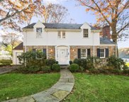 59 Clifton Road, Scarsdale image