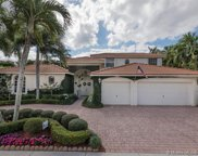2561 Montclaire Cir, Weston image
