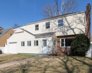 89 Angevine Ave, Hempstead image