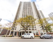 1455 North Sandburg Terrace Unit 2203, Chicago image