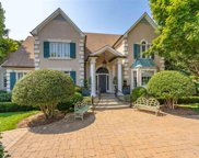 12 Orchard Meadow Lane, Greenville image
