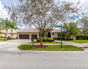 5168 Lakewood Dr, Cooper City image