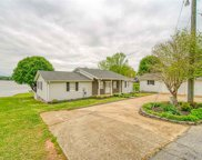572 Brown Arrow Circle, Inman image
