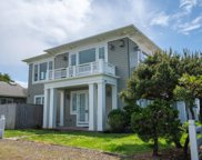 1859 51st St Nw, Lincoln City image