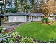 5861 BENFIELD  CT, Lake Oswego image