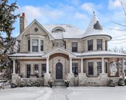 321 Radcliffe Way, Hinsdale image