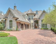 141 South County Line Road, Hinsdale image