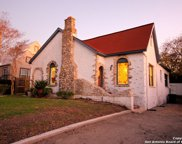 506 Queen Anne Ct, San Antonio image