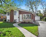 252 N Lombard Avenue, Lombard image