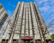 525 W Hawthorne Place Unit #806, Chicago image