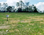 2004 Oakshade Unit lot 60, Crestwood image