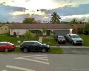 1192 Nw 89th Ter, Pembroke Pines image