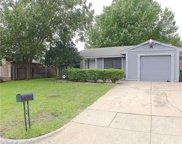 2604 Kristinwood Drive, Arlington image