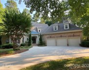 108 Great Point  Drive, Mooresville image