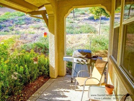 28481_Herrera_St_Valencia_CA_91354_covered patio